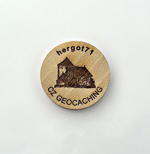 czech%20wood%20geocoin%201.JPG